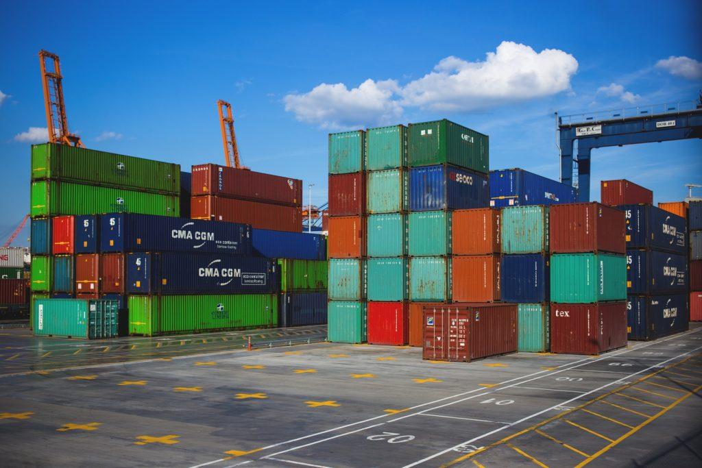 en choisissant de travailler en Dropshipping avec des fournisseurs asiatiques, vous devez faire face à des délais de livraisons longs